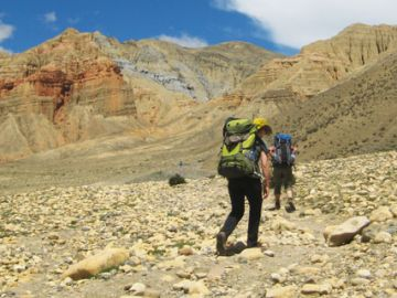On-the-way--to-Dhakmar upper mustang trek