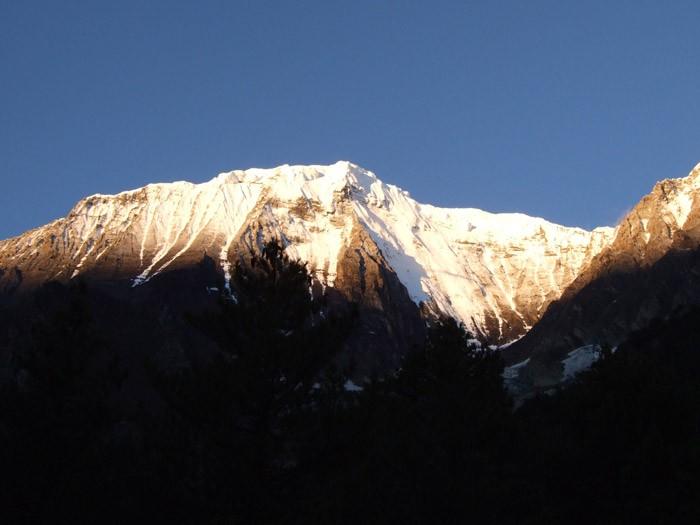 upper-dolpo-trek  sunrise