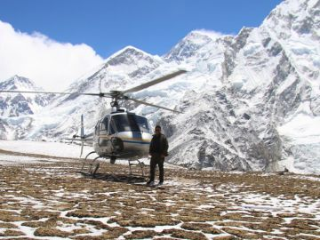 Everest-helicopter tour 3 diamond